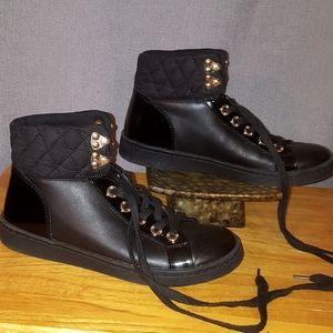 Aldo black lace up casual combat style boots sz 6